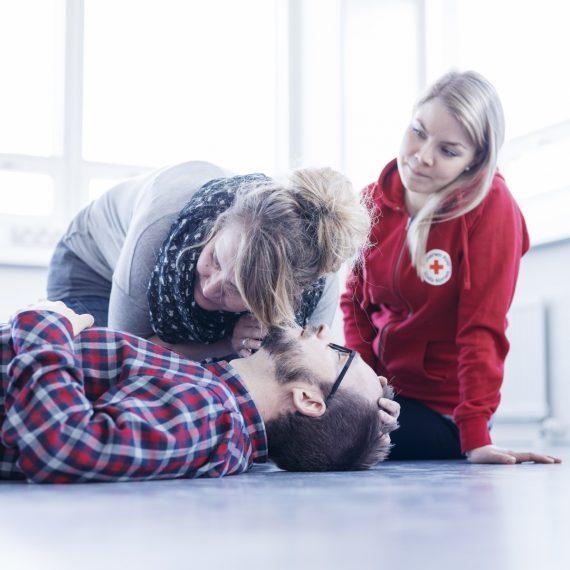 Första hjälp med Röda Korset